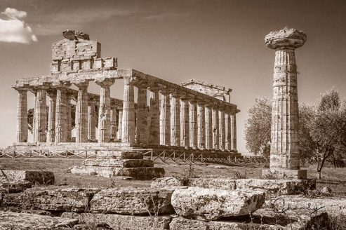 Campania, Umbria and Lazio Ancient Paestum Architecture © Prints of Italy™   All Rights Reserved